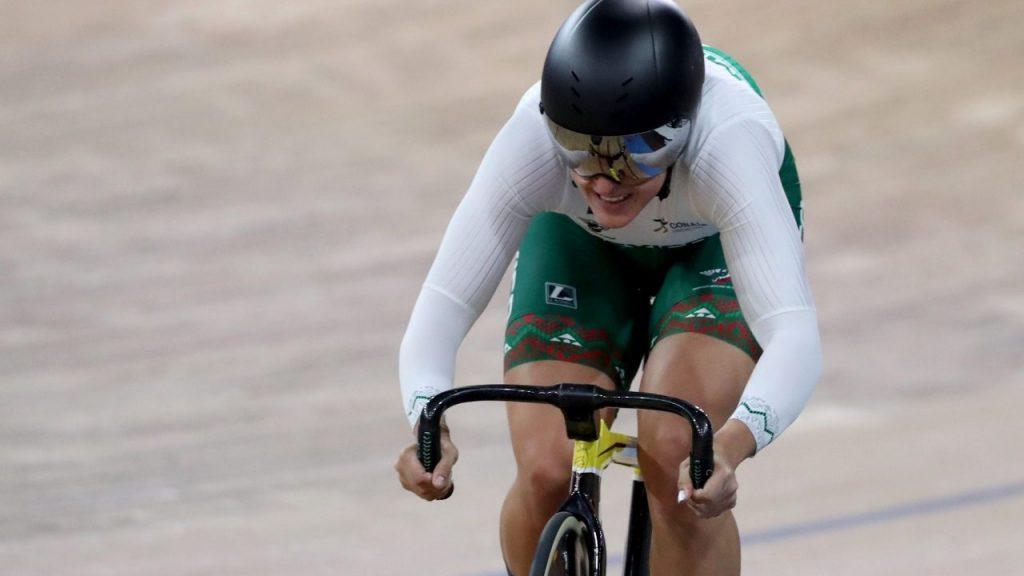Jessica Salazar en acción durante el Mundial de ciclismo de pista, en Berlín. (Foto: EFE)