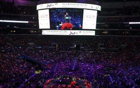 Aspecto del Staples Center, durante el homenaje a Kobe Bryant. Foto: Reuters