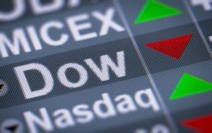 Dow-Jones-cae-4%-temor-COVID-19-logra-ganancia-semanal