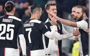 Los jugadores de la Juventus celebran en un partido. (Foto: EFE)