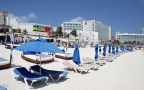 En cuarto trimestre, el PIB turístico de México cayó 26.9% anual, revela Inegi
