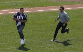 Gronkowski y Brady forjaron una gran amistad en Nueva Inglaterra. (Foto: EFE)