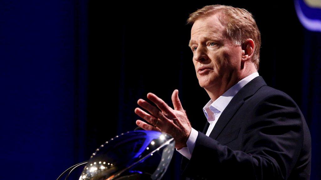 El comisionado de la NFL, Roger Goodell, no cobrará su salario durante la crisis de coronavirus. (Foto: EFE)