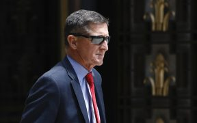 Trump le concede el indulto presidencial a su exasesor Michael Flynn