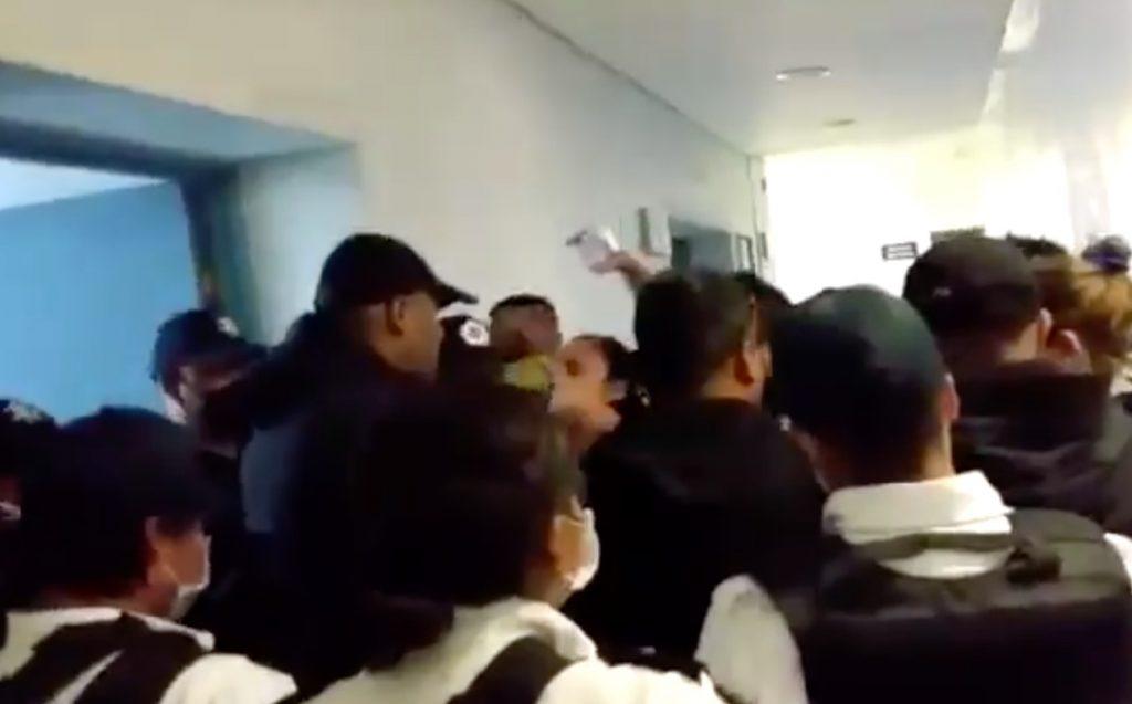 familiares-hospital-las-americas-ecatepec