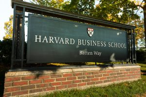 harvard-mit-ofrecen-cursos-gratuitos-linea-todo-mundo