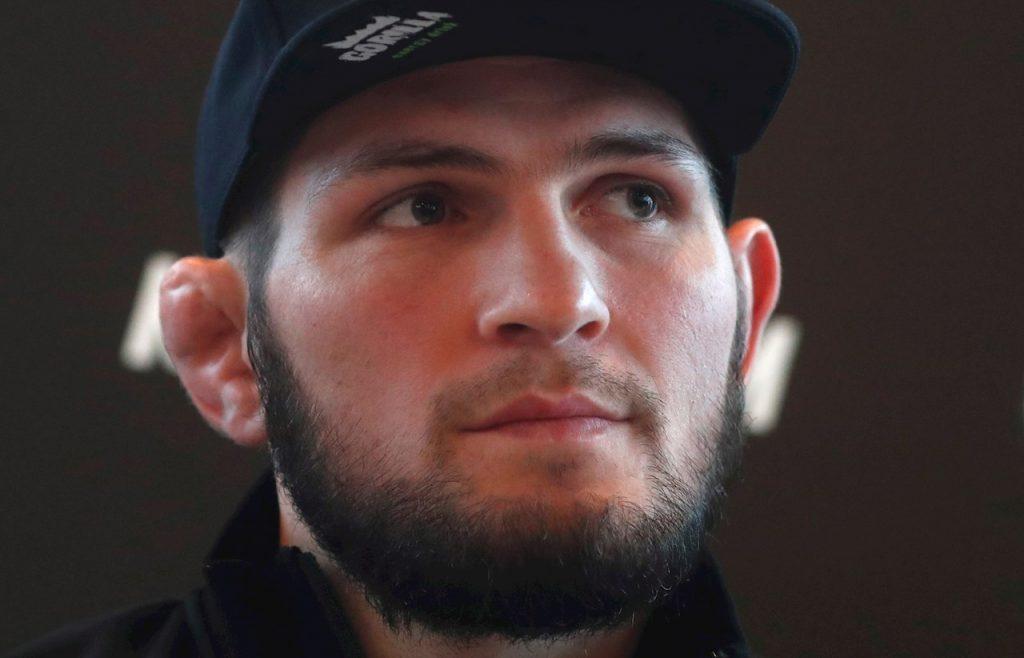 Khabib Nurmagomedov ha tenido que retrasar su defensa del título ligero de UFC. (Foto: EFE)