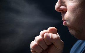 gotas-saliva-emitidas-hablar-permanecen-aire