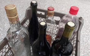 suman-mas-100-muertes-alcohol-adulterado-en-mexico
