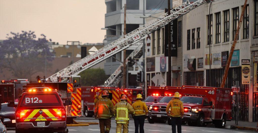 explosion-los-angeles-bomberos