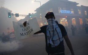 Protestas por la muerte de Floyd se extienden más allá de Minneapolis