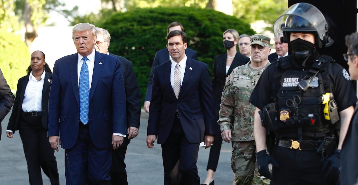 Secretario De Defensa De Eu Se Opone A Trump Y Rechaza Usar Al Ejrcito Para Frenar -4832