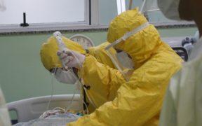 450-mil-empleados-salud-infectados-covid-mundo