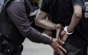 florida-policia-puso-rodilla-cuello-detenido