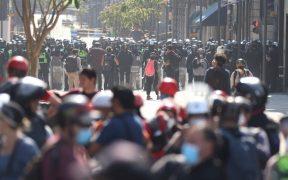 Los policías que participen en las marchas deberán tener elementos de identificación.