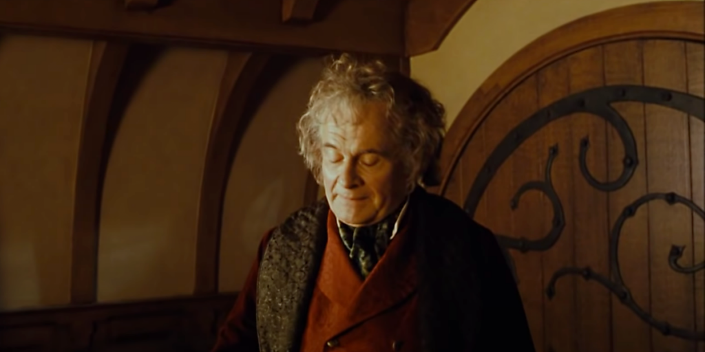 Ian Holm como Bilbo Bolsón