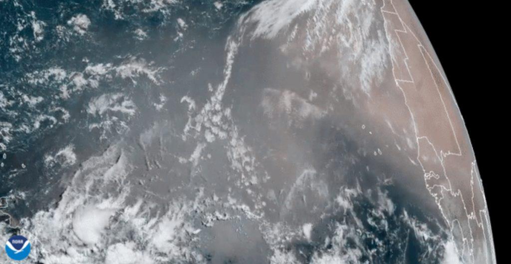 enorme-nube-polvo-desierto-del-sahara-acerca-costas-caribe