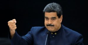 Maduro dice que evaluará el futuro del diálogo con oposición tras caso Saab