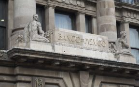 Banxico se dice dispuesto a discutir con el Congreso la ley en materia de captación de divisas