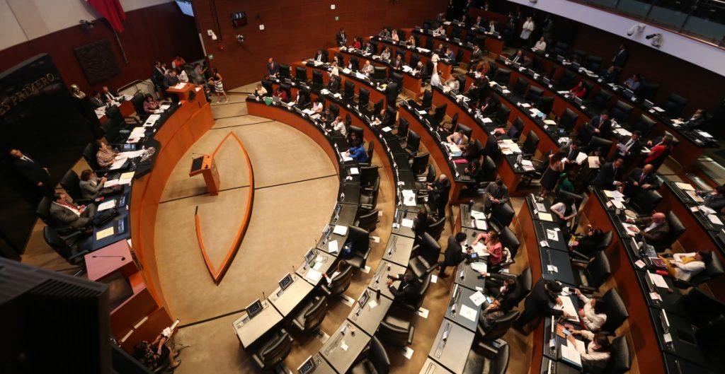PRD y PES vuelven como grupos parlamentarios