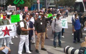 protestan-medicos-frente-oficinas-imss-cdmx-falta-insumos