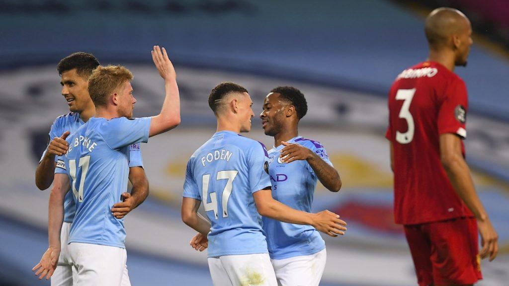 Los jugadores del Manchester City celebran ante Liverpool. (Foto: EFE)