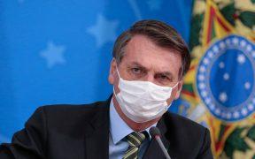Bolsonaro tiene síntomas de Covid-19 y sus exámenes se conocerán el martes: CNN Brasil