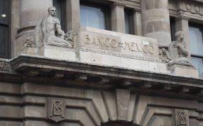 Banxico bajaría la tasa referencial según un sondeo de Reuters.