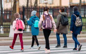 Comienzan las clases para 1 millón de niños de la ciudad de Nueva York en medio de nuevas reglas de vacunas