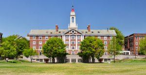 universidad-harvard-mit-demandan-gobierno-eu-norma-contra-estudiantes-extranjeros