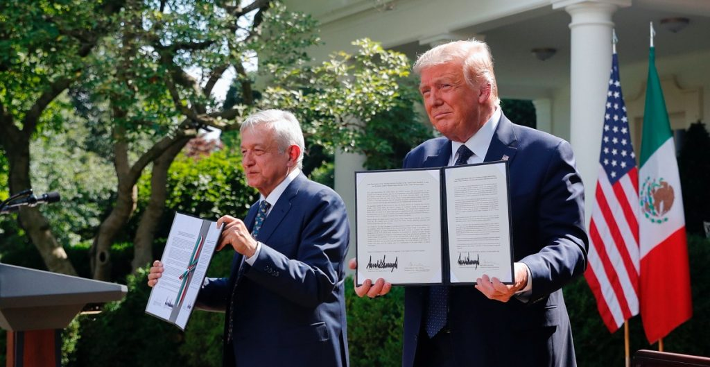 Los presidentes Donald Trump y Andrés Manuel López Obrador se reúnen en la Casa Blanca.