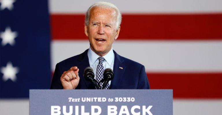 Biden presenta agenda económica para hacer frente a Trump
