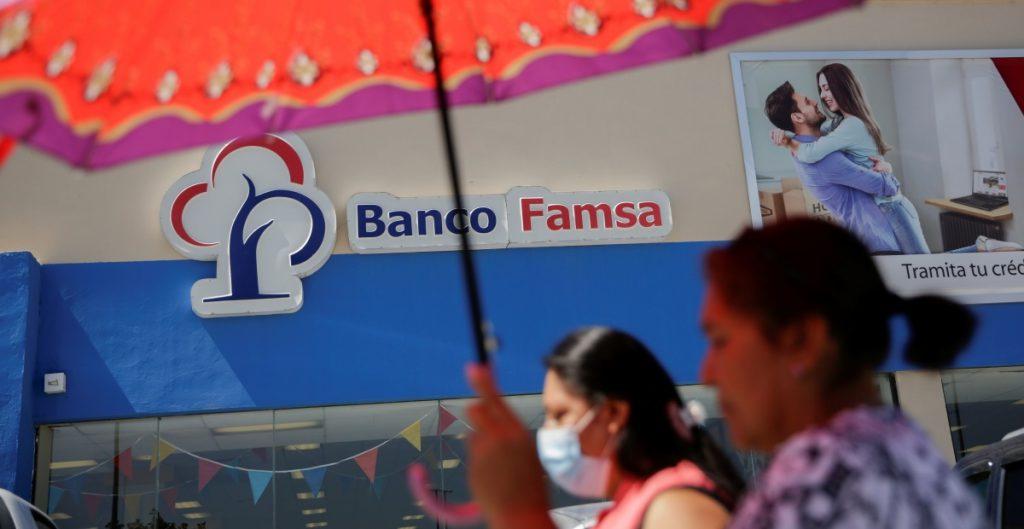 Grupo Famsa incumple pago de intereses de bonos