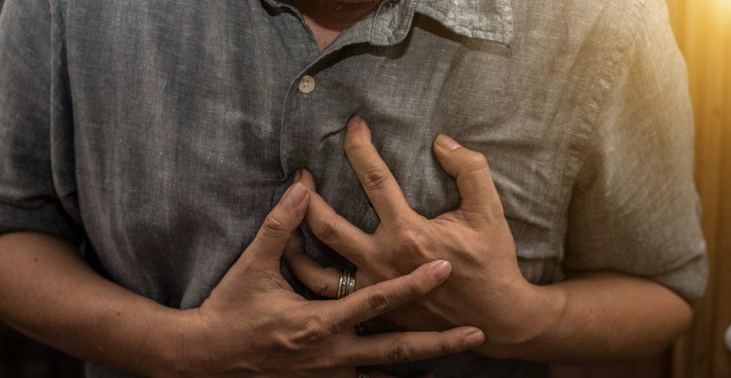 Aumentan casos del síndrome del corazón roto durante la pandemia