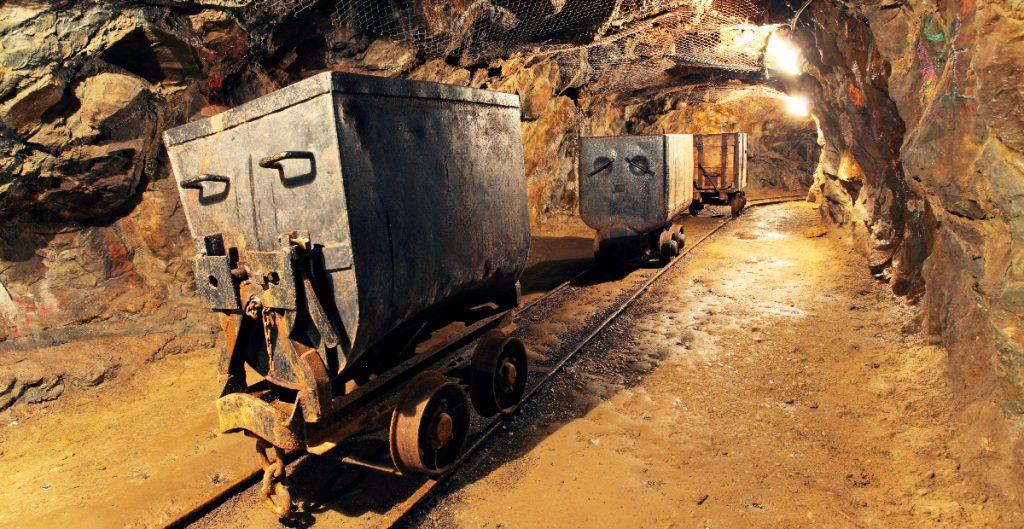 Hallan un tercer cuerpo df los mineros atrapados en la mina de Múzquiz
