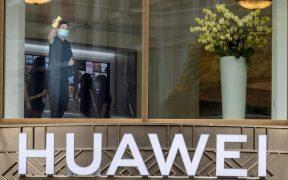 Toda la infraestructura aportada hasta ahora por Huawei será eliminada del territorio británico de aquí a 2027. Foto: EFE
