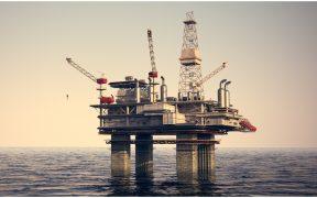 Producción de petróleo de enero-abril fue 6.5% menor a lo estimado, revela Hacienda