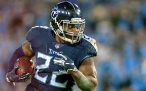 Derrick Henry será uno de los corredores mejor pagados en la NFL. (Foto: EFE)
