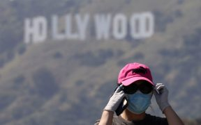 series-covid-documentales-hollywood-cubrebocas