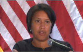 Alcaldesa de Washington, Muriel E. Bowser.