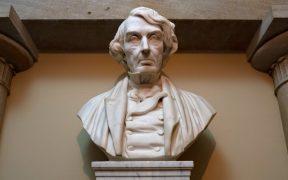 Cámara de Representantes de EU aprueba retirar estatuas confederadas del Capitolio