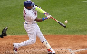 El cubano Céspedes conectó un cuadrangular para el triunfo de Mets.