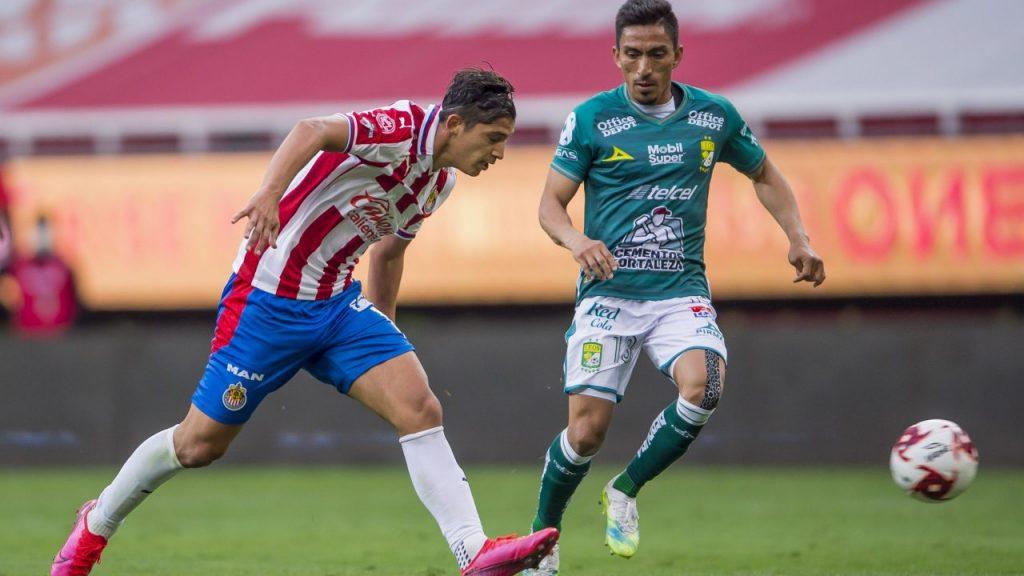 Chivas y León decepcionaron en su debut en el Guard1anes 2020. (Foto: Mexsport)
