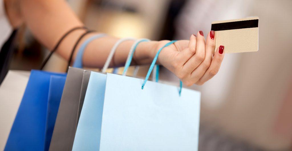 Sube el gasto del consumidor en EU por segundo mes consecutivo