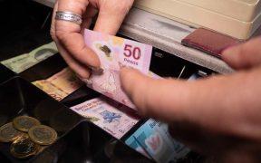 Economía mexicana habría sufrido en 2020 su mayor caída en décadas, de un 8.8%