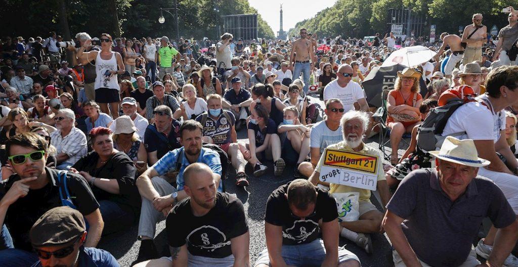 Protesta en Berlín contra restricciones por covid