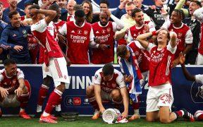 Pese a ganar la Copa FA, el Arsenal sufrirá un fuerte recorte. (Foto: EFE)