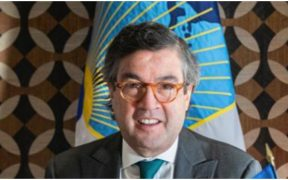 México se une a la Unión Europea para posponer la elección del presidente del BID