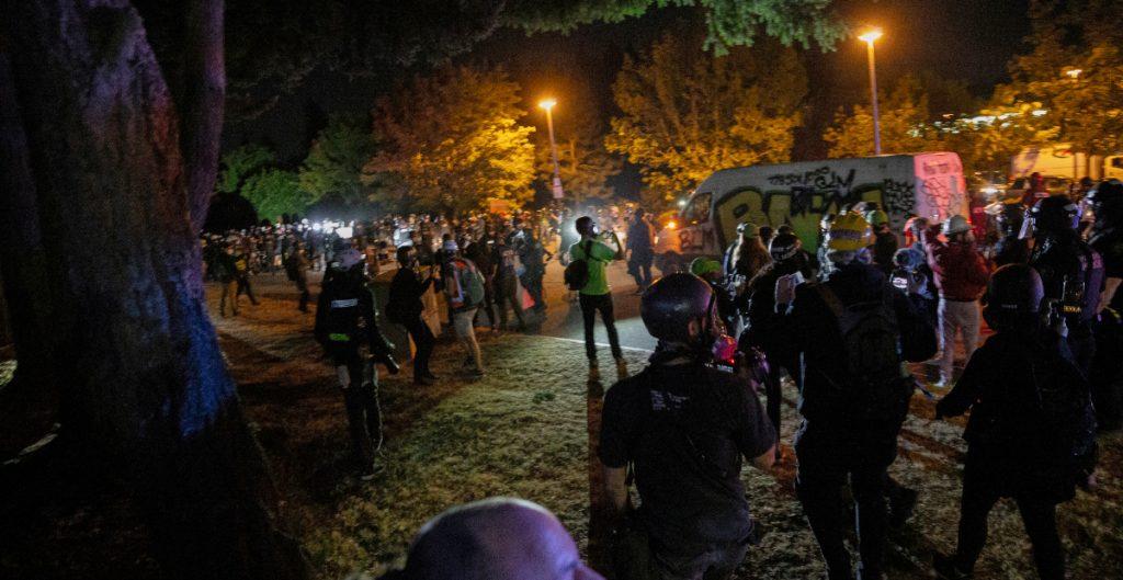Persisten las protestas en Portland contra la brutalidad policial