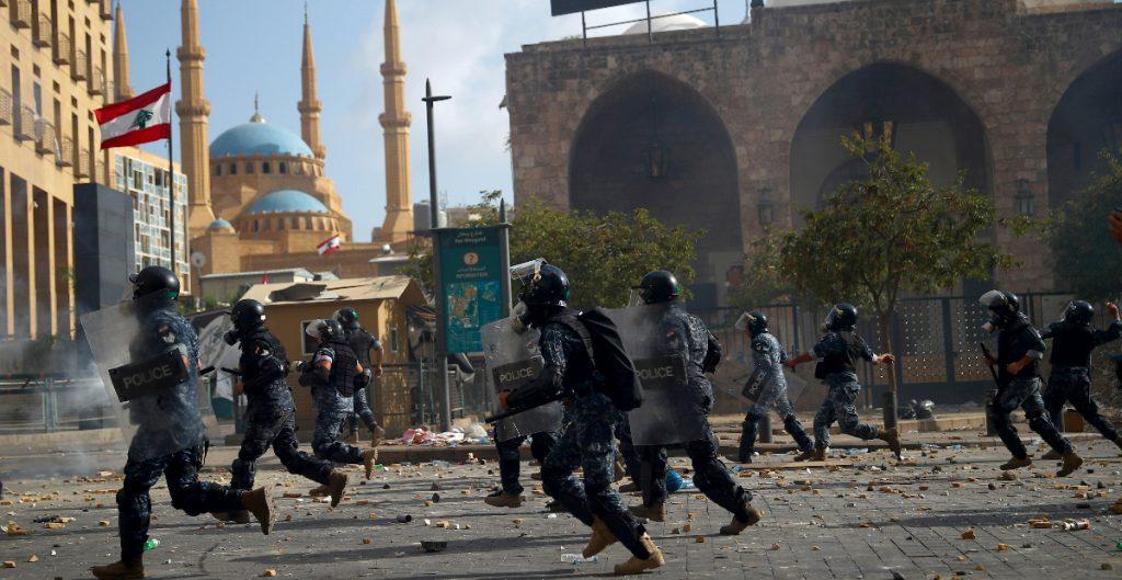 Protestas en Beirut dejan un policía muerto y 172 personas heridas